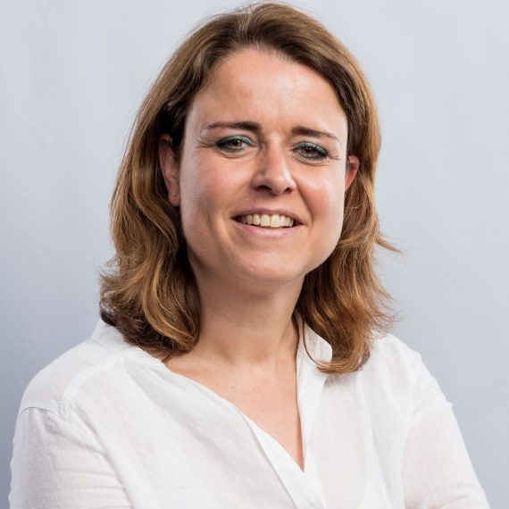 Esther Heesakkers, marketing en sales support